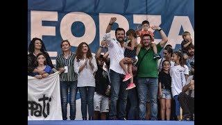 Salvini «La bambina di Bibbiano sul palco Chi se ne frega  Ne porterei 50  Il delinquente è chi li r