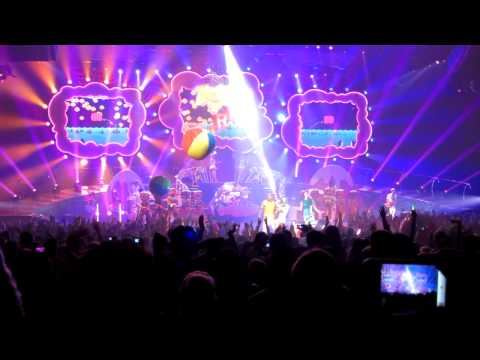 [HD] Katy Perry - California Gurls - Finale, Nokia Theater L.A. Live, Los Angeles, CA