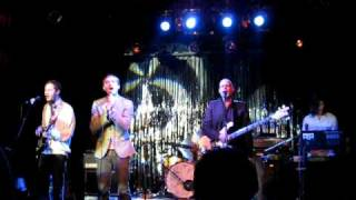 The Robocop Kraus - You Don't Have to Shout (live in Bielefeld)