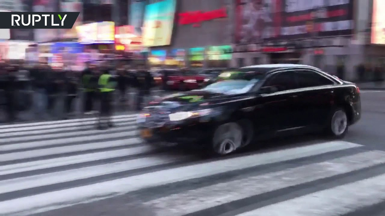 Manhattan explosion: Evacuation underway after reports of blast at Port Authority