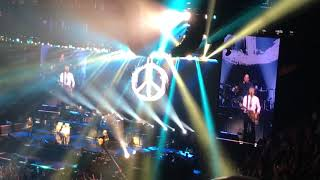 Paul McCartney - A Day in the Life / Give Peace A Chance