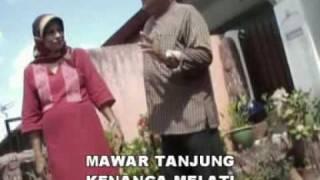 """""""PUTERI BERSIRAM"""" Lagu P.Ramlee nyanyian Hj Hasbi & Siti Hawa"""