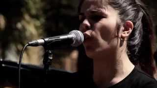 ON THE SUNNY SIDE OF THE STREET  PAULA BERZAL Sant Andreu Jazz Band ( Joan Chamorro direccion )