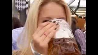 «Октоберфест» в Мюнхене набирает обороты (новости)(http://www.ntdtv.ru «Октоберфест» в Мюнхене набирает обороты. В Мюнхене набирает обороты ежегодный фестиваль «Окто..., 2013-09-23T12:27:54.000Z)