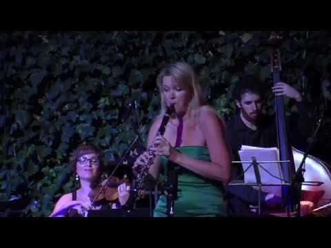 J.S. Bach Badinerie BWV 1067 en variacion, Sabine Grofmeier - clarinet