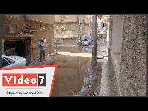 المياه تغطى وسائل المواصلات بعد غرق طريق النفق بأسوان  - 15:22-2017 / 12 / 7