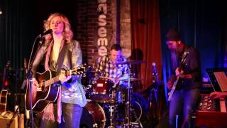 Amy Black - Layin it Down - Featuring Will Kimbrough