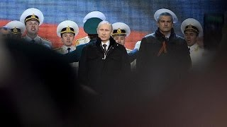 Repeat youtube video بوتين يُوقِّع...فرحةٌ في سيمفيروبول...غضبٌ وشعور بالمَرَارة في كْيِيفْ
