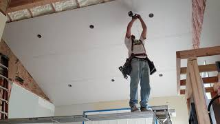 How to : Install 12 ft. Sheet of Drywall on Ceiling Alone / SOLO
