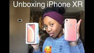 Unboxing IPhone XR 💛