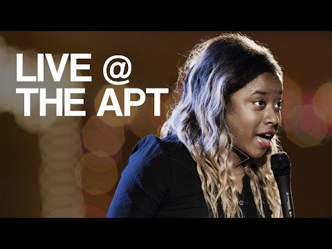 Phoebe Robinson | Full Set | Live @ The Apt