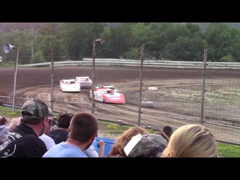 Hummingbird Speedway (7-15-17): BWP Bats Late Model Heat Race #2