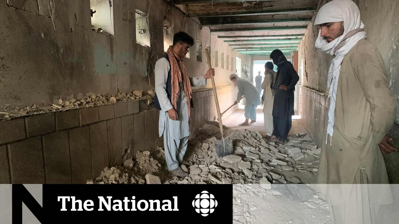 Download ISIS claims suicide bombing at Kandahar mosque killing at least 47