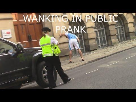 Extreme Wanking in public prank