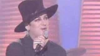 Boy George - Voulez-Vous (Live)
