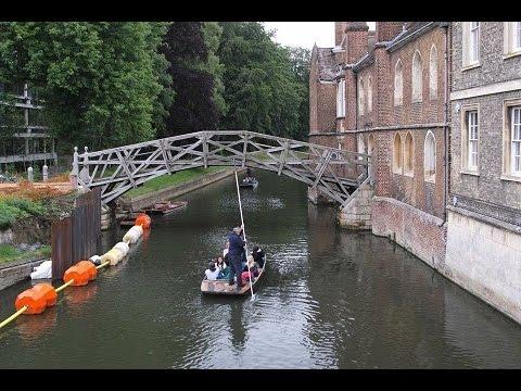 Cambridge River Tour ,Sightseeing Punting  Tour  Along River Cam,Cambridge,UK.