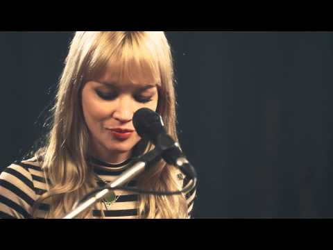 The Pierces 'Team' (Lorde cover) Live at RAK Studio