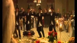 Танец с бутылками на свадьбе Мишки Япончика.