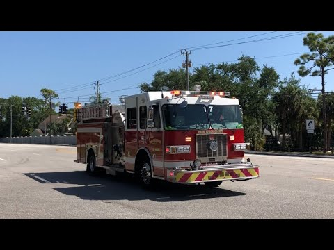 Palm Beach County FL Fire-Rescue Engine Co. 17 Responding