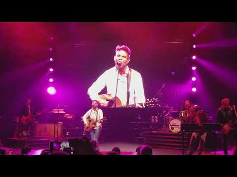 Dennis Quaid's Surprise visit to Mercy Me concert