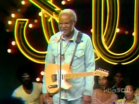 The Staple Singers (If You're Ready) & Mavis Staples (House Is Not A Home) Soul Train 1974