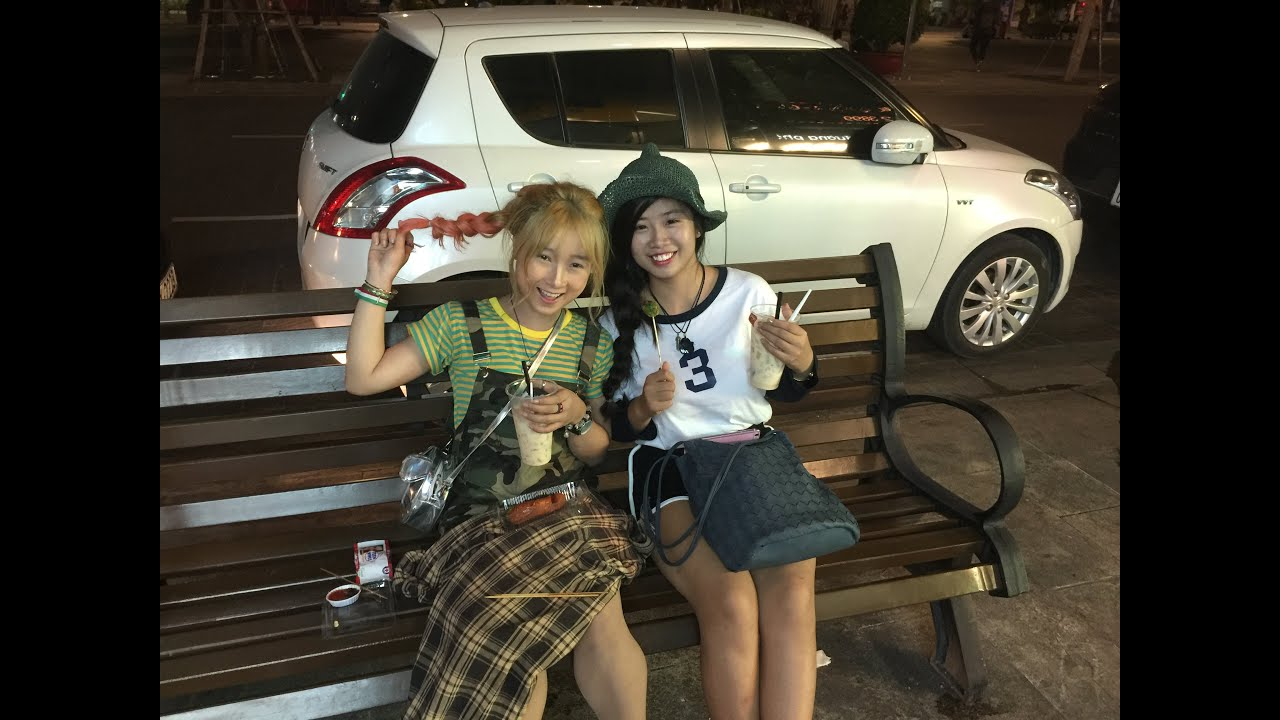 hookers Hot thai street