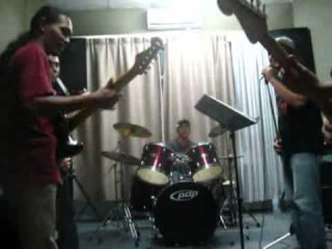 Ramli Sarip - Blues Felda Blues (cover).mp4