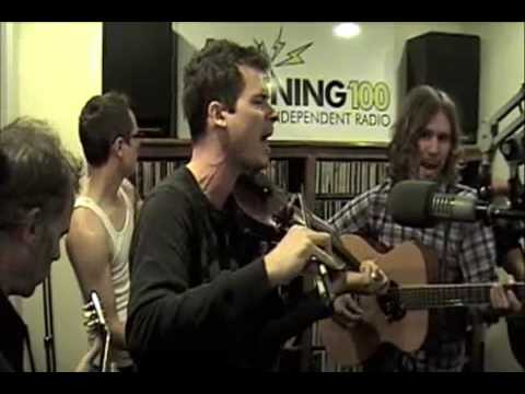 "Old Crow Medicine Show - ""Alabama High Test"" Live At Lightning 100 Studio"