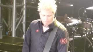 The Offspring plays