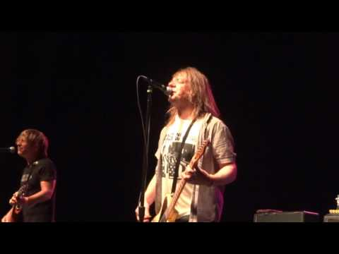 Soul Asylum - Live in Green Bay 6/28/17 - Somebody to Shove