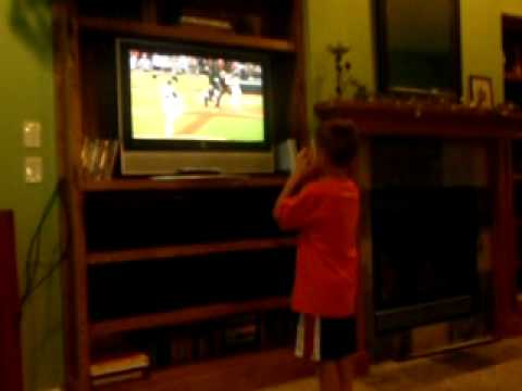 6 year old overreacts to ump spoiling Galarragas perfect game