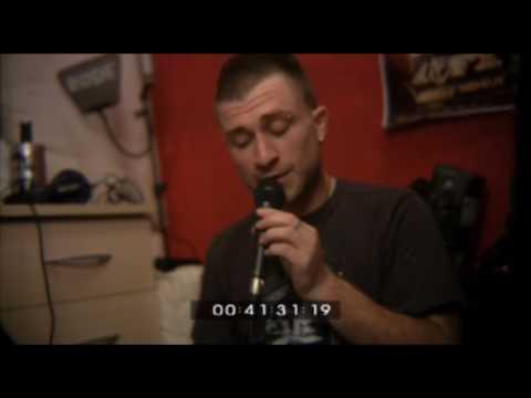 DubFX showcases his RØDE M1