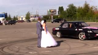 Дрифт Волги на свадьбе