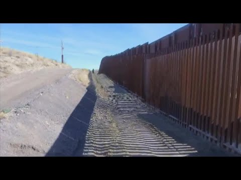 Two Arizona companies awarded contracts to build border wall prototypes