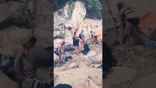 Quay lén gái Nga thay đồ lót tại Ba Hồ Nha Trang