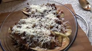 Фаршированные баклажаны с мясом под сырной корочкой (рецепт, пародия Глафиры Абрамовны)