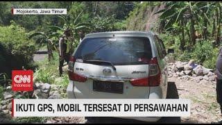 Ikuti GPS, Mobil Tersesat di Persawahan