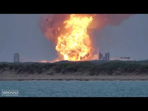 Massive explosion of a SpaceX Starship Prototype (SN4) at Boca Chica Texas