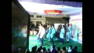 8th Class Group Dance
