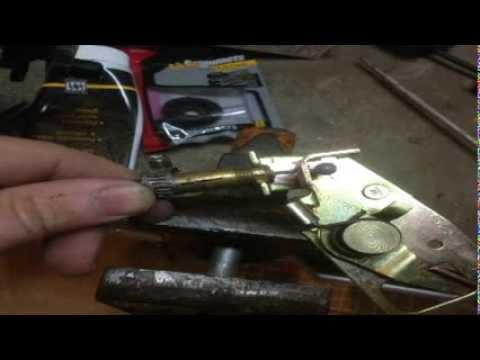 repairfix the broken cables on a ford van door latch
