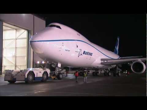747-8 Freighter gets put together quickly
