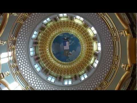 THE IOWA STATE CAPITOL BUILDING!!