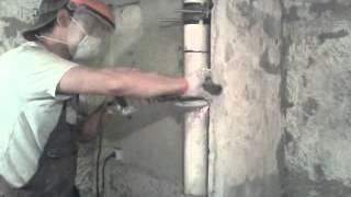 Срез канализации (стояк) замена на пластик(Срезаем канализационный стояк. Стояк выполнен из чюгуна. Дому 33 года. В целом все прошло хорошо не считая..., 2013-07-04T14:14:07.000Z)