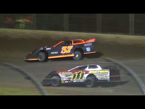 Willamette Speedway-Mayea vs.Tanner-Super Late Model Battle 2018