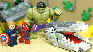 "LEGO Avengers IRON MAN SPIDER: HULK SMASH Scene ""I'm Always Angry"""