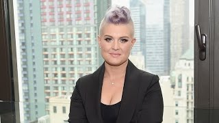 Kelly Osbourne Seemingly Throws Major Twitter Shade at Dad Ozzy