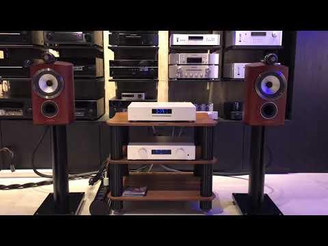 AVM & B&W 805D3 - YouTube