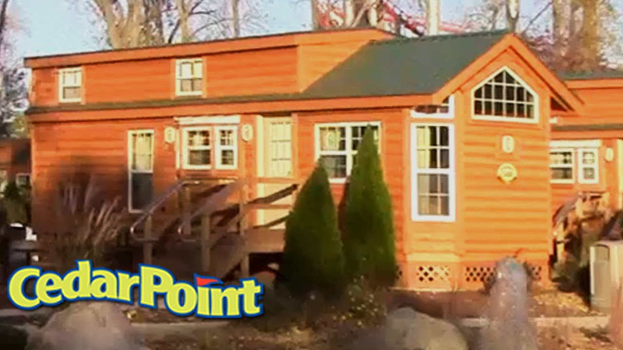 CEDAR POINT LIGHTHOUSE POINT DELUXE CABINS Walk Around Area Exterior |  Amusement420