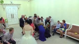 شاهد.. صدمة عروس لحظة نطق العريس بالموافقة على الزواج