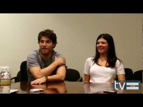 Happy Endings Season 3: Adam Pally & Casey Wilson